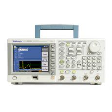 Генератор сигналов произвольной формы AFG3000C